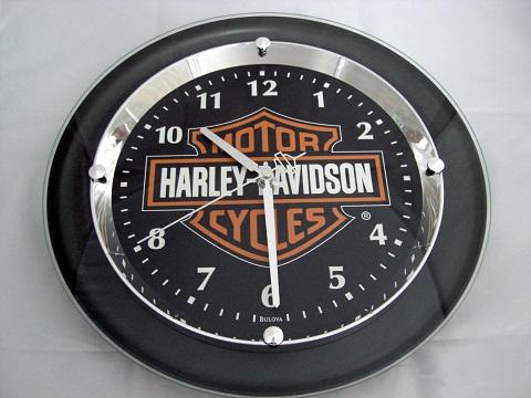 harley davidson bar shield wanduhr uhr chrome plated. Black Bedroom Furniture Sets. Home Design Ideas